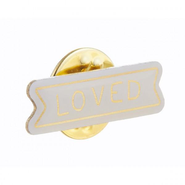 """Ansteckpin """"Loved"""""""