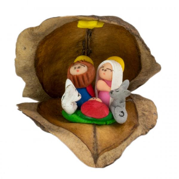 Krippendarstellung Jacarandafrucht