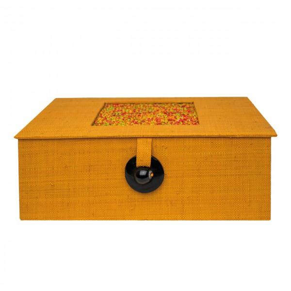 Teebox mit Raffia